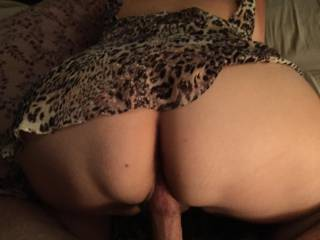 love to give you my cock to suck while my wife sucks on your mans cock and sticks it back in