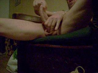 A good handjob solo. I love my cock and proves it well
