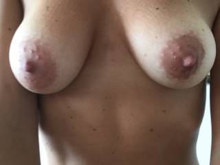 Love her tits.