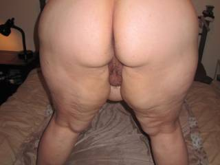 Dam that is one nice thick big ass I love to you for a long hard ride on my cum filled hard cock mmmmmmmmmmmmmm