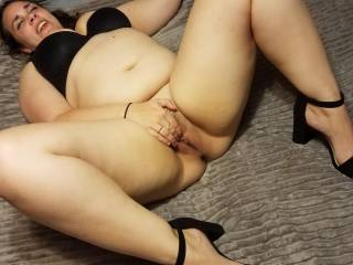 Rubbing my pussy thinking about a big cock.