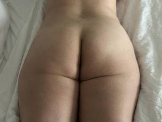 The amazing ass of the MILF I was about to fuck and fill.