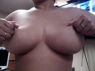 mmm you cant beat a lovely pair of big suckable tits  - and yours are lovely