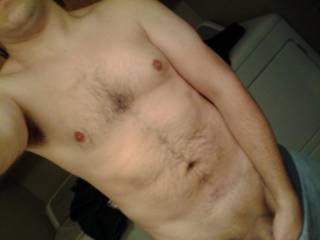 hmmm very nice indeed, lovely chest and your cock looks lovely, woulkd love to it all