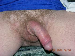 Nice cock. And the same pubic bush I have !