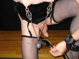 crossdressing slave posting pics to others cummands, i am nasty, have toys and am obetdeint.......!