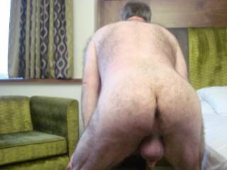 I love that beautiful hairy ass and hot hot ball sack yum yum!!!!