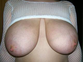 Great tits.Come on over and I'll cum on them,suck them and more.Sandy says she'll help too.