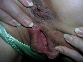 What beautiful big, well used mature holes.  Would love to feel those big lips sliding over my face...