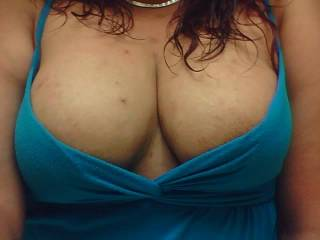hmm i have a question....can i play a little with your sexxxxy big tits! yummmmmmy