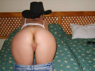 MMM I would love to ride that cowgirl!! Can I cum on that sweet tight ass and pussy?