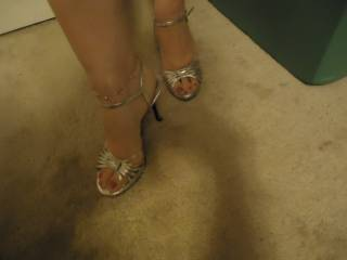 Here ya go foot lovers!!