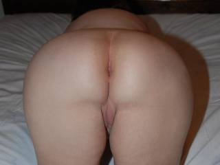 What a great ass, just made for lickin', spankin', and fuckin'.
