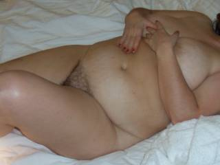 Jewish  mature woman  -  with hairy pussy