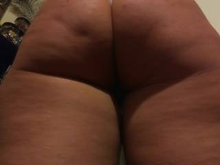 God i love her amazing big ass! I cant get enough!