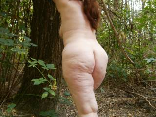 Ass: Showing my curvy bbw butt outdoors. Love getting my kit off when there\'s a chance of being caught!
