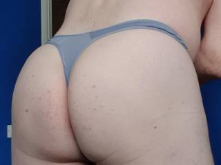 My freshly hot waxed Thong Ass I hope you like what you see 😜😜👌