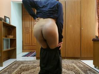 Lowering Down My Pants So You Can Insert Your Cock :)