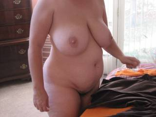 WHAT A SEXY FUCKING BODY,HUGE BEAUTIFUL TITS!!VERY NICE!!