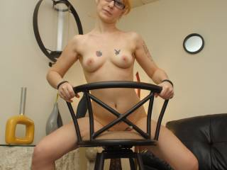 DAMN I wish I was sat on that chair with you riding me, grinding away and pointing those hot sexy toes while I suck, lick, flick and tease those gorgeous nipples! Absolutely stunning beautiful, grrrrrreat pose!