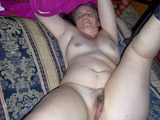 let me give u a hard fuck babe....my cock is erected and waiting to fuck you