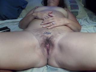Gorgeous pussy with a fantastic bush!