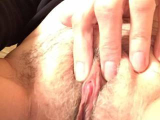 Hold it like that and I'll make you cum really good!
