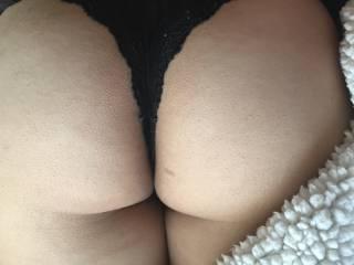 I love her sweet ass!