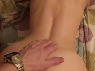 doggy for finish with Flo. no birth control so I have juice for cuming : condom or mouth...I prefer her mouth but not this time ! look her perfect ass, she loves comments