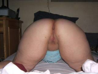 slutwife saras big ass