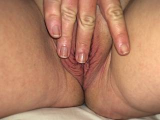 I wouldn't be able to keeps hand or mouth off her pussy either mmm