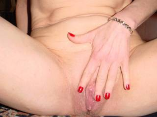 mmmm what a hot, horny clit you have. love to lick it till you cum all over my face   xooxox peter