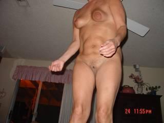 Wow...love them swinging tits! Great nips.