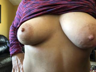 Look at my wife's beautiful tits!! She doesn't think they are anything special!! Tell her what you guys and girls think of them to give her more confidence!!