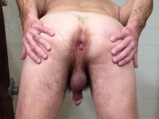Mmm nice hole ;) I wanna spit all over it before sticking a couple fingers & stretch ur ass