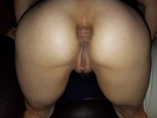 My wife\'s gorgeous pussy and ass