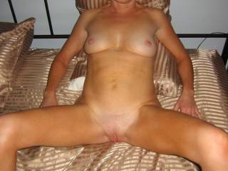 i want to have some fun with u. wow great body  very sexy