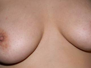 do you like wifeys nipples?