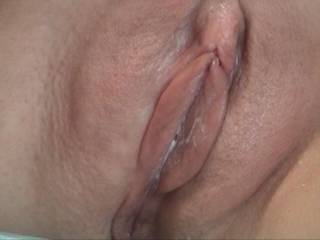 mmmmmmmmmmmm perfect pussy for me to eat till you squirt everywhere then fuck with all 8inches till i cum deep in it