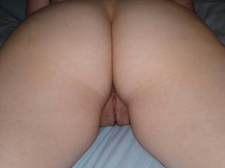 your verry lucky that you are there to give her snapper and ass hole a good pounding wish i could give it to her