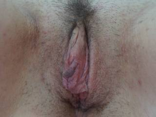 Mmmmm, yummy pussy, makes my cock rock hard and my mouth watering.