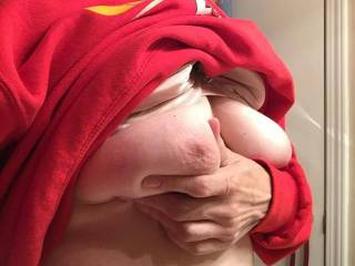 Let me suck those nipples until they are nice and hard!
