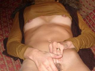 Jusr rubbing my clitty while I wait for you
