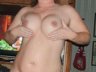 wow, sweet tits, would look great after i covered them in cum