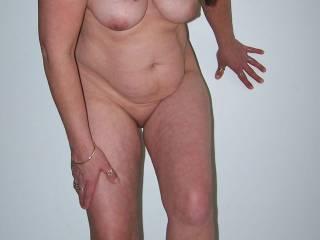 perfect mature natural body the best kind i would fuck her endlessly