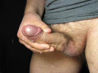 This cock is made for cumming! Very juicy. Much cum, strong spurts. Enjoy, Spritzing.