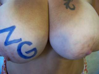 wife\'s big natural breasts