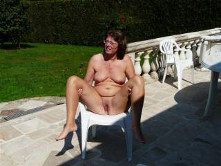 stay just like that I would love to crawl between your sexy legs and give you a good tongue lashing sexy