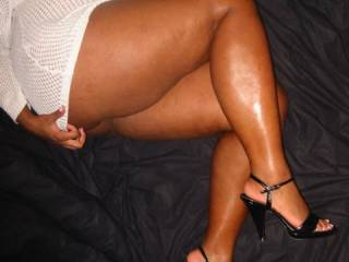 Oh fuck!....what i could do with those sexy legs!! I'd hug and pet them for hours while nibbling at her pussy getting her to drip cum in my mouth.  That is one sexy pic for this leg man.  Holy FUCK....I like!!!