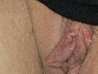 Getting fingered and taking pictures of my tasty pussy lips